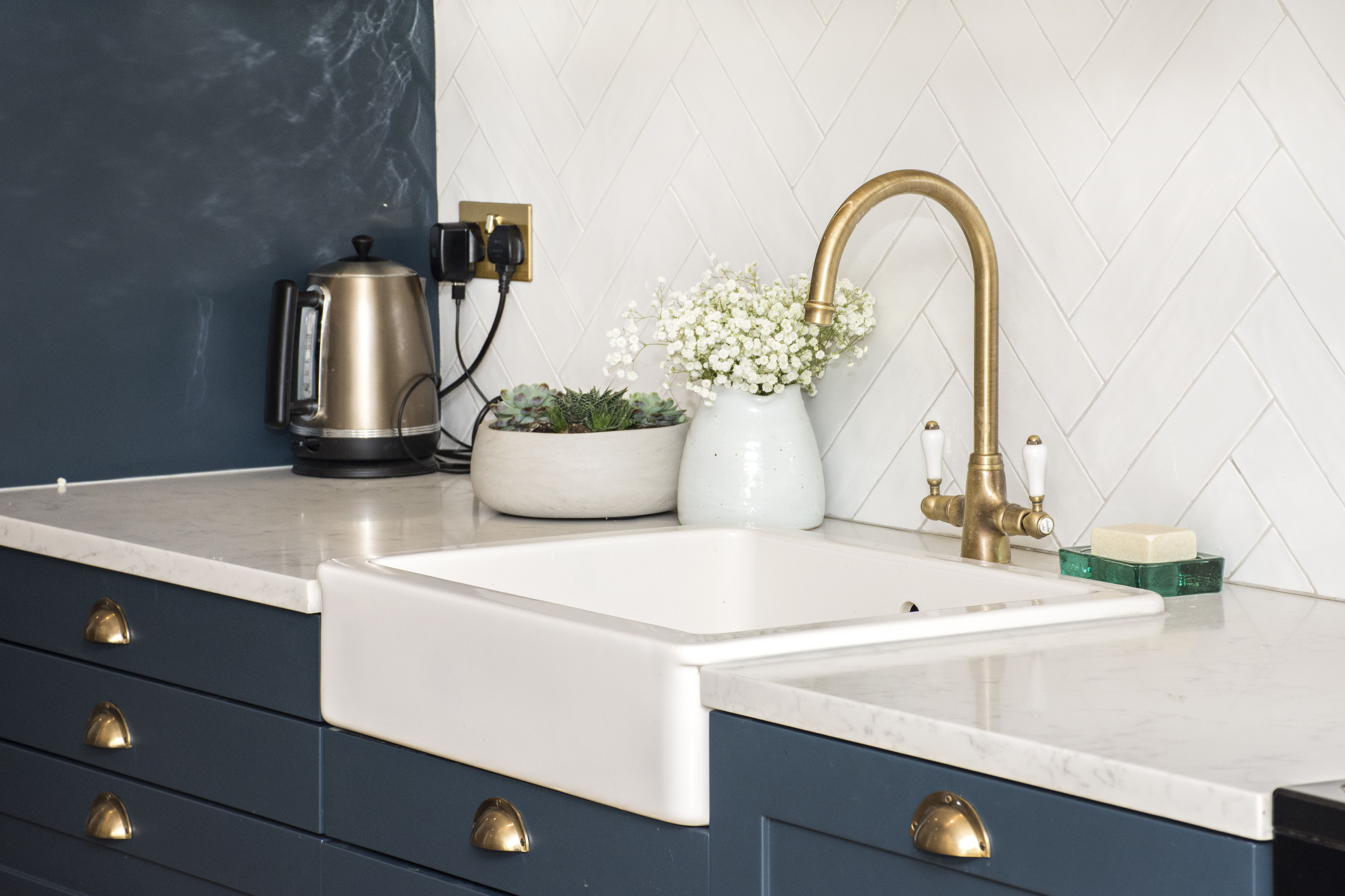 Kitchen was created by mixing IKEA bases and custom made ...