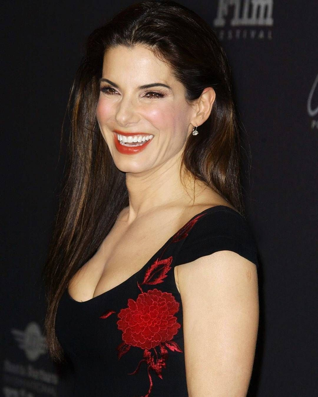 Cleavage Sandra Bullock naked (11 photos), Pussy, Fappening, Twitter, braless 2019