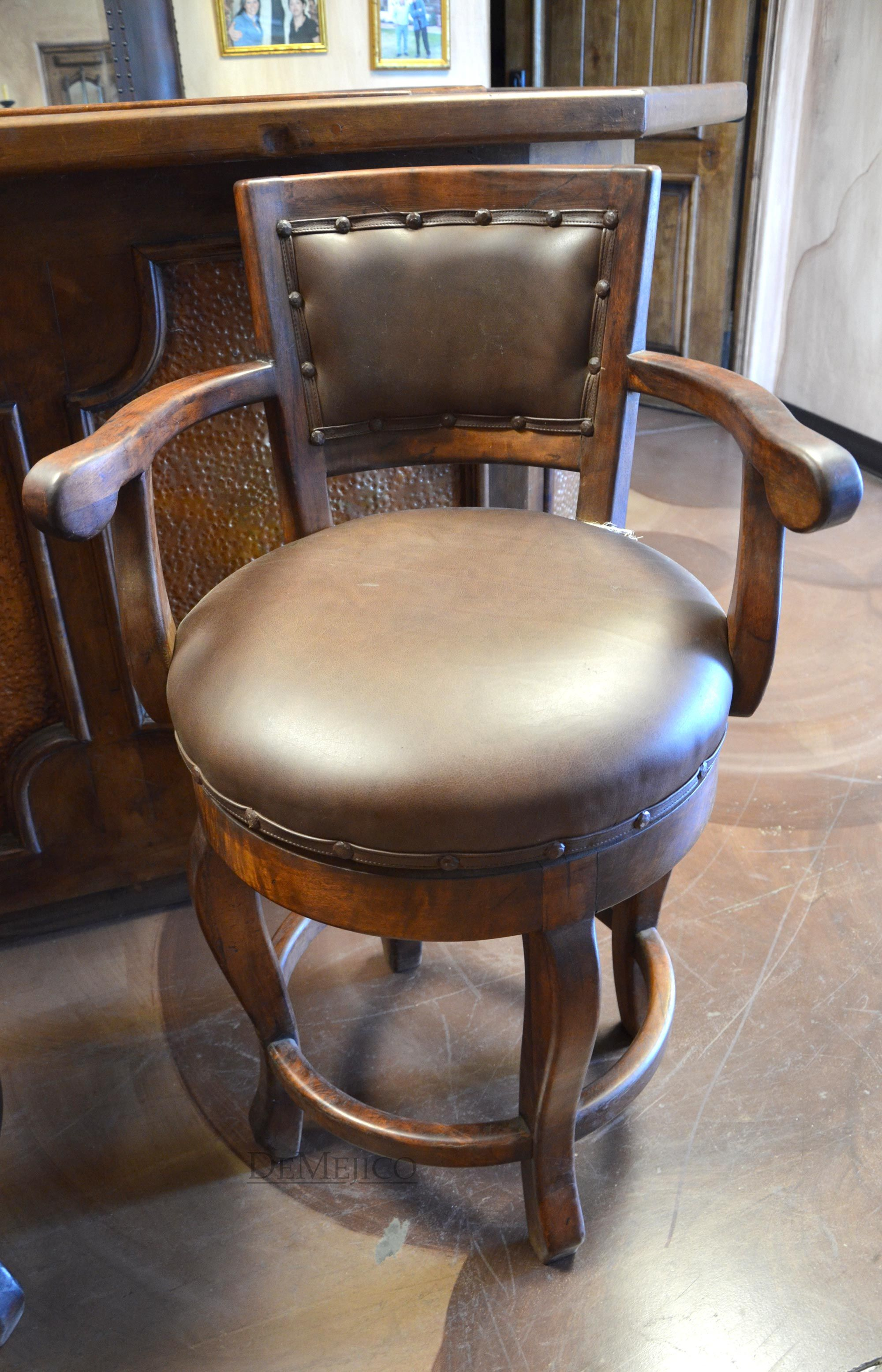 The Lazy Boy Of Bar Stools Is This Elegante Barstool It S Sturdy