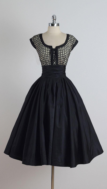 8a099c1a20b4 Vintage 1950s Paul Sachs Dress