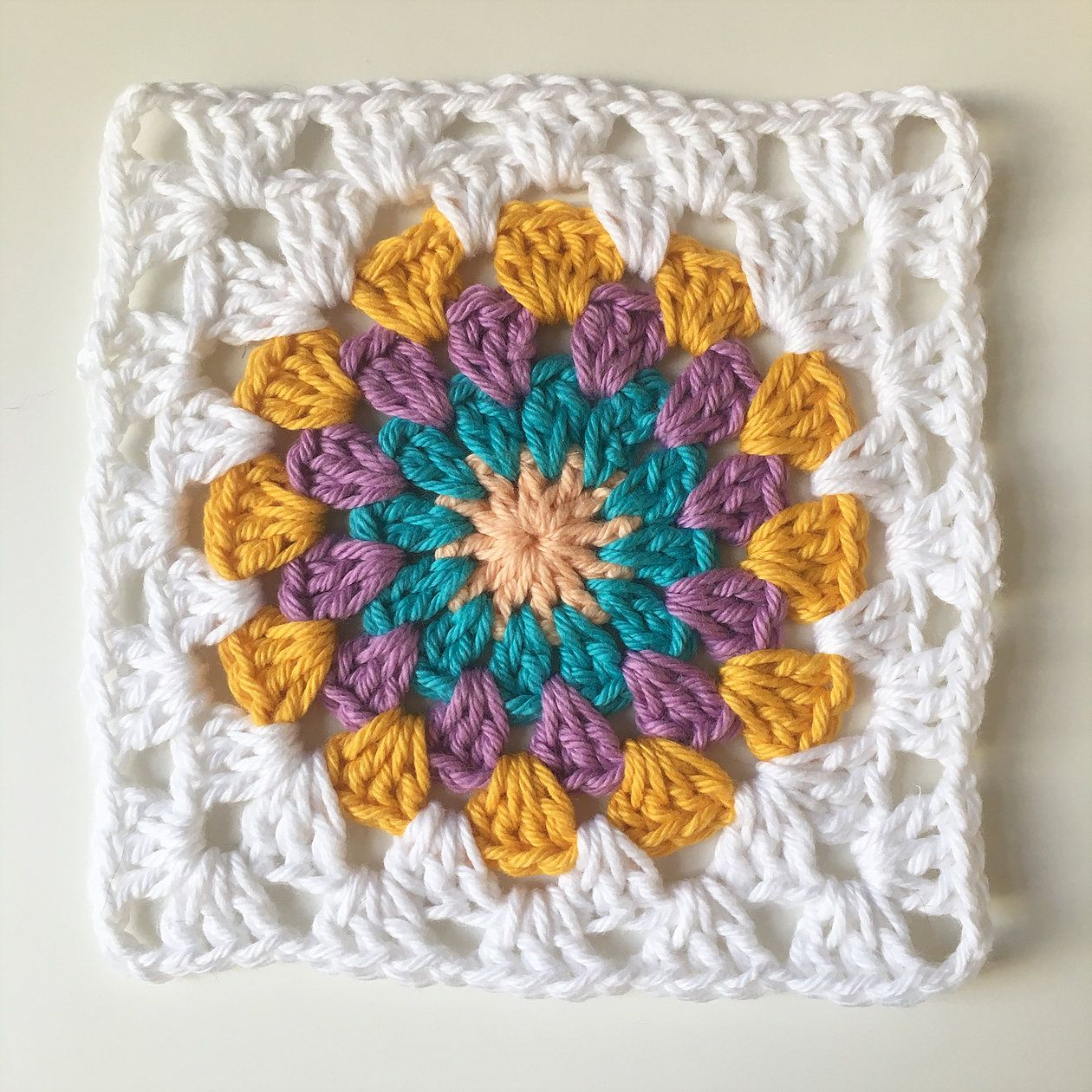 Crochet Granny Circle Square Free Pattern Ollie Bella For The