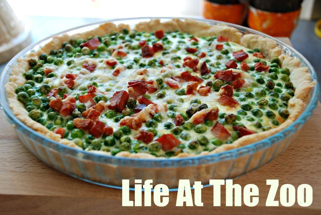 Cooking with Kids - Pea & Ham Tart - Using up the Christmas Ham to make a simple pea and ham tart! A great dish to do with the kids as they can help mix and add things as you go along.