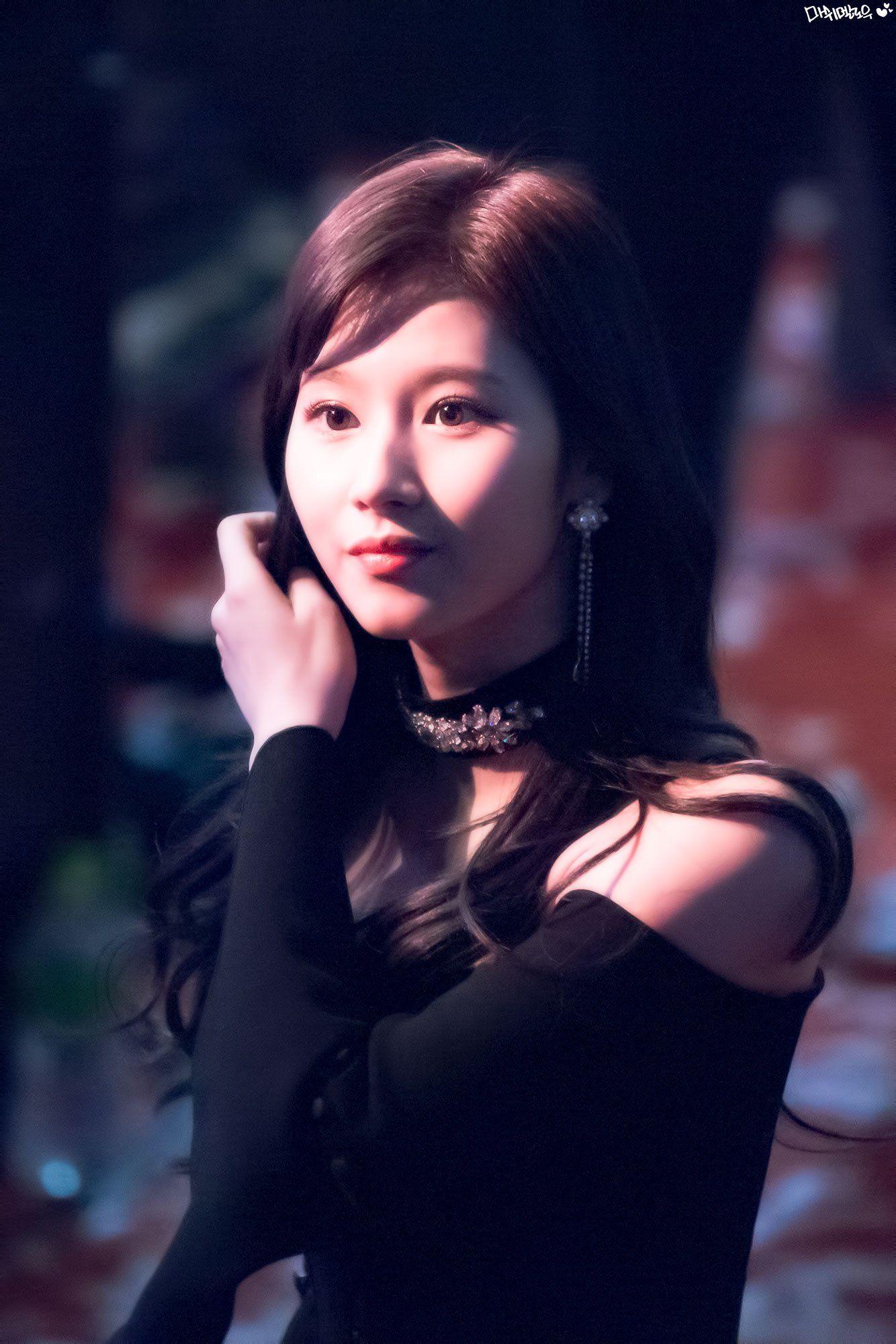 Pin By John Aries Galman On K Pop Idol Twice Sana Minatozaki Sana Kpop Idol