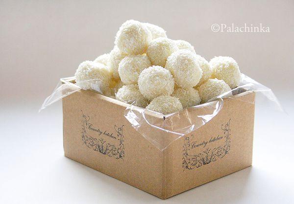 Homemade Raffaello on http://palachinkablog.com
