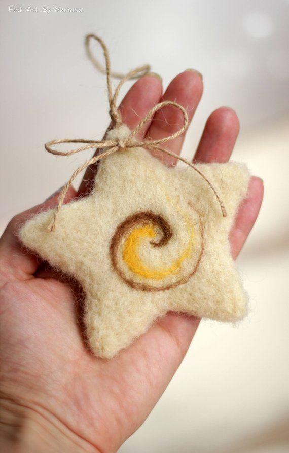 Nadel Weihnachtsschmuck gefilzt Cottage Set kleine Sterne | Etsy #needlefeltedcat