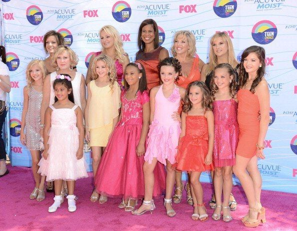 Dance Moms Maddie Ziegler Says She Won T Return For Season 6 If Everybody Is Gone Dance Moms Girls Dance Moms Maddie Dance Moms Season