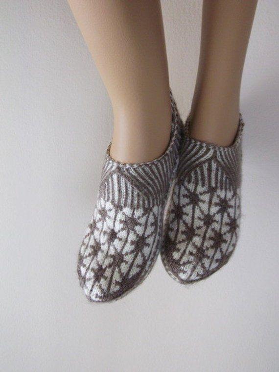 e69c775f6a1a1 Hand knit women house slipper-Traditional Turkish Design-Home ...