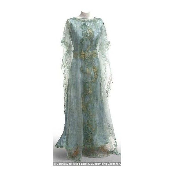 Renaissance Clothing ❤ liked on Polyvore