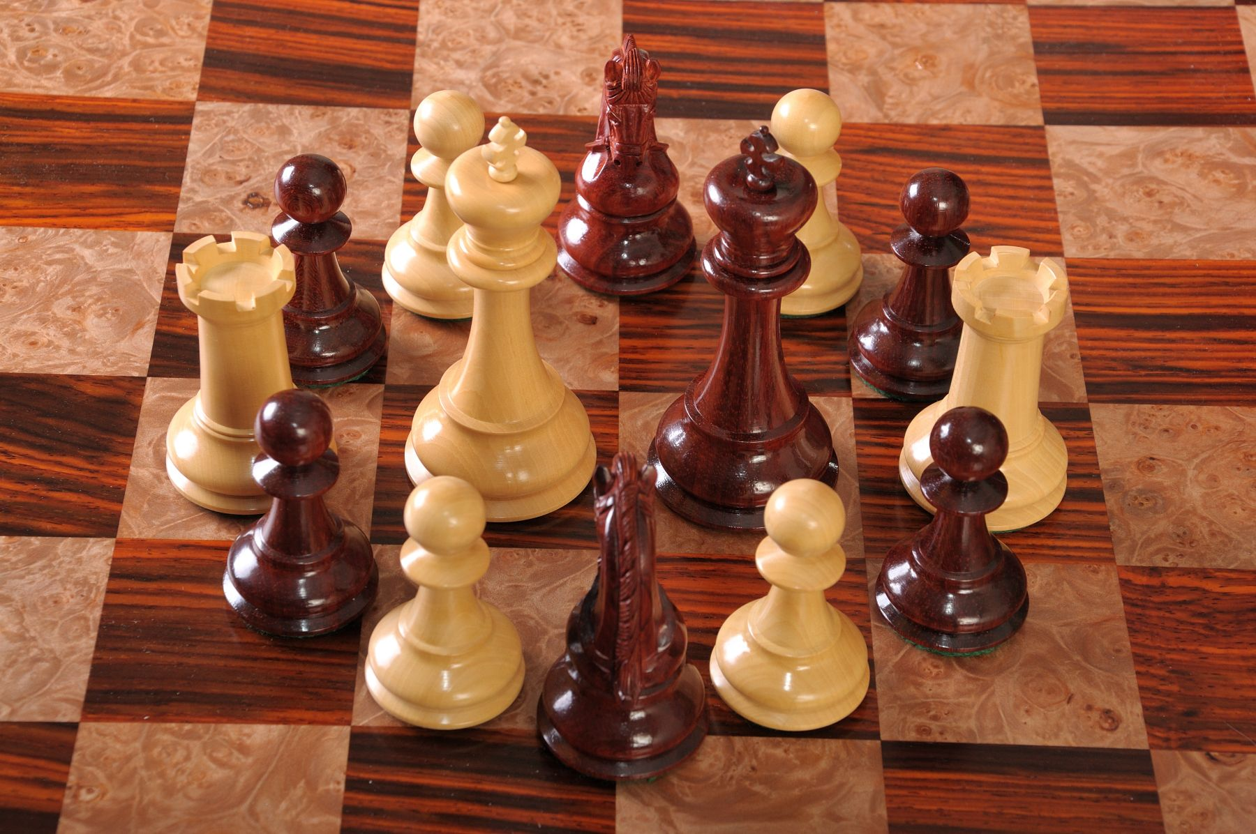 The Sultan Series Chess Pieces Wood Chess Board Wood Chess