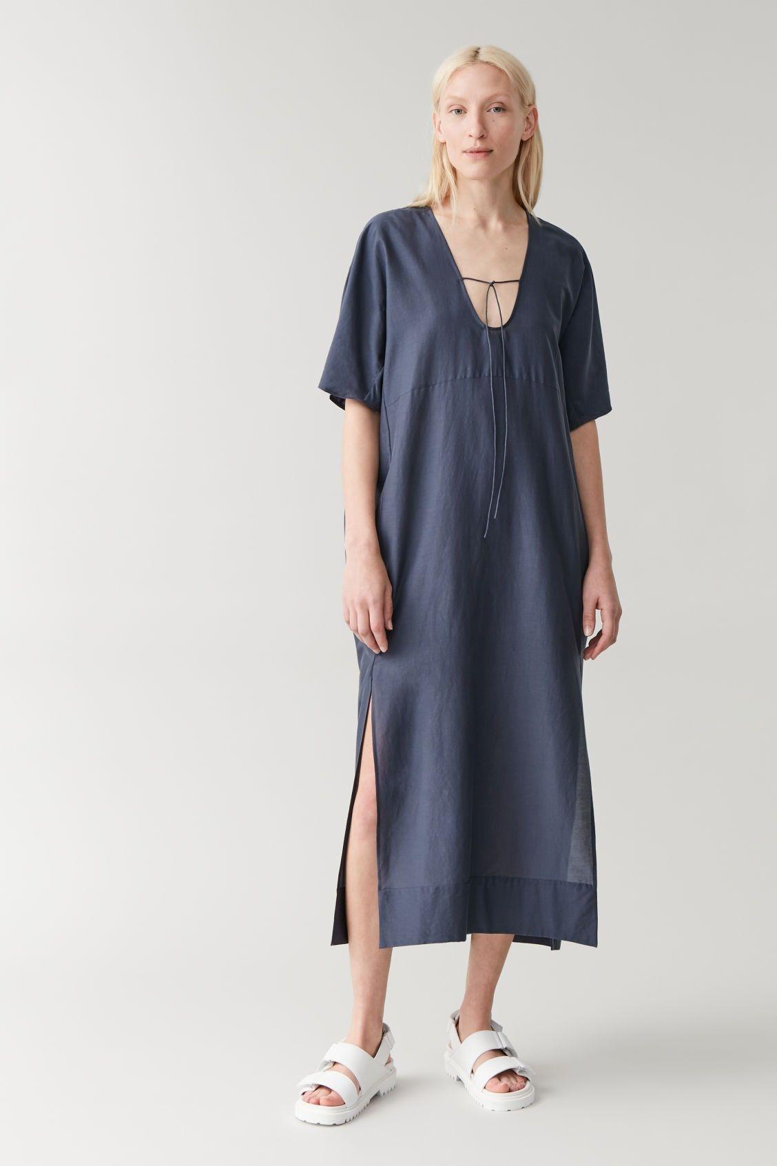 House Dresses Are Easily The Comfiest Trend Of Summer In 2020 Kaftan Dress Silk Kaftan Mulberry Silk [ 1692 x 1128 Pixel ]