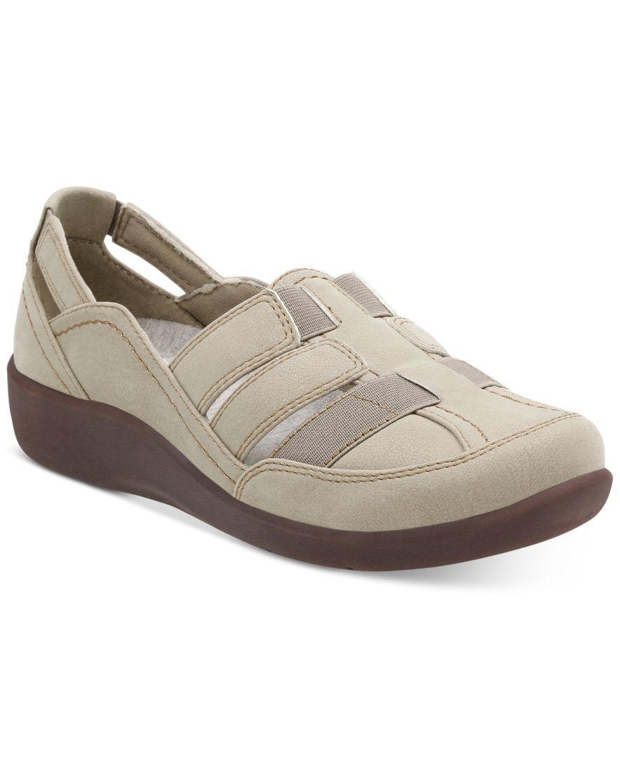 da99b63bd53 Clarks Collection Women s Cloud Steppers Sillian Stork Flats Women s Slip  On Shoes