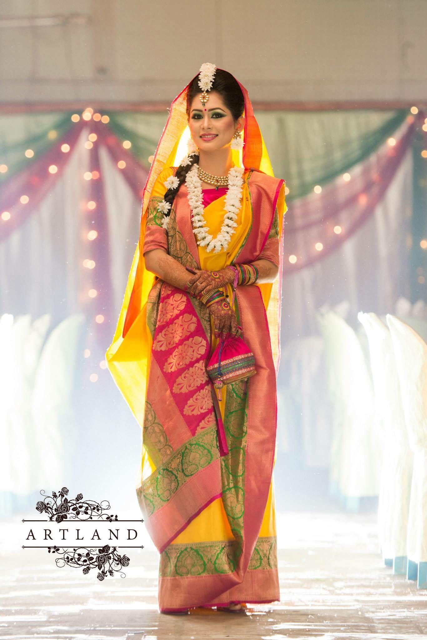 Bangladeshi bride in haldi  dc2958962