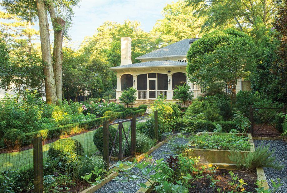 This transformed Peachtree Park backyard is the envy of