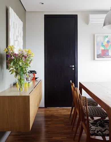 Apartamento Caconde / Carolina Rocco #entrance #door #aparador & Apartamento Caconde / Carolina Rocco #entrance #door #aparador ...