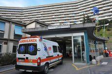"""Morta bimba caduta dal quarto piano a Roma: """"povera famiglia. Una tragedia"""""""