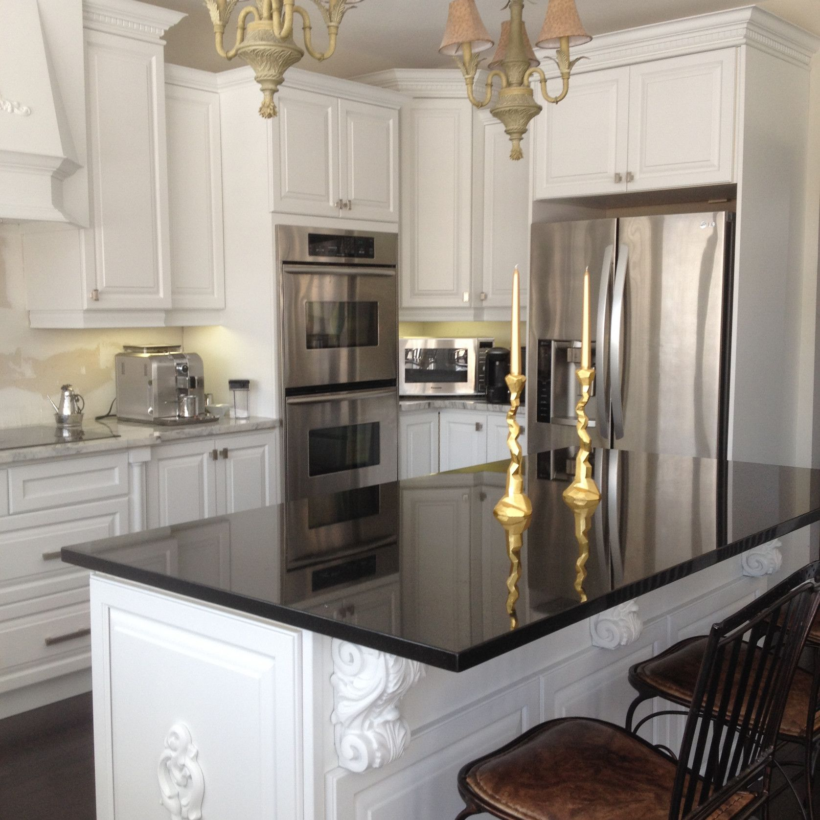 2019 professionally painting kitchen cabinets apartment kitchen rh pinterest com professionally painted kitchen cabinets before and after professional spray paint kitchen cabinets