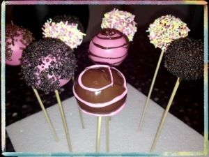 Easy No Bake Cake Pops Just use graham crakers and cream cheese