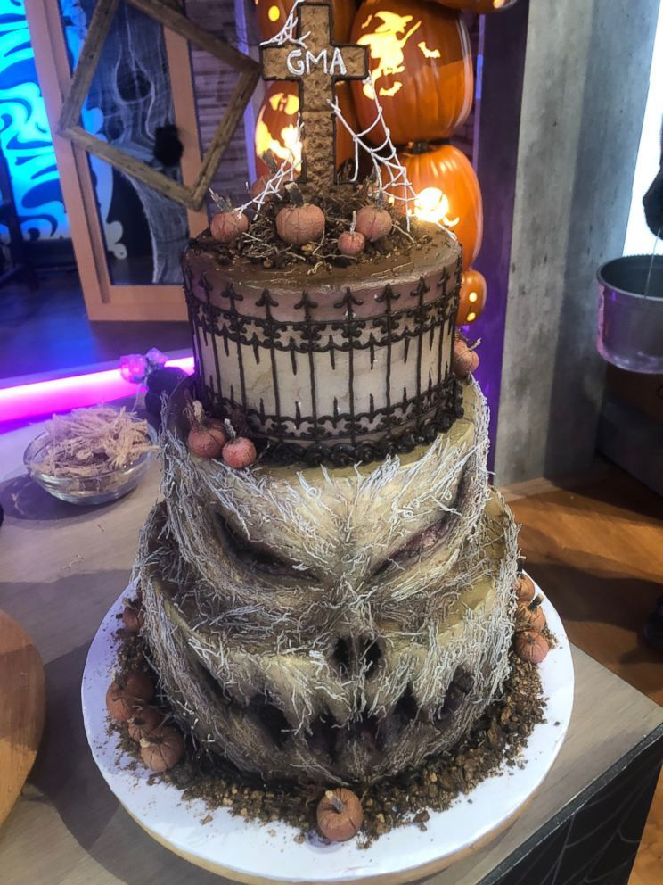 3 truly creepy Halloween desserts to try from Netflix's 'Curious Creations' star