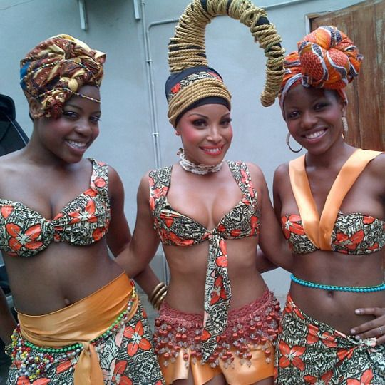 Mozambican Beauties Neyma Alfredo And Dancers African Fashion