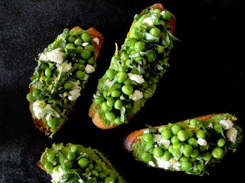Springtime Pea Crostini