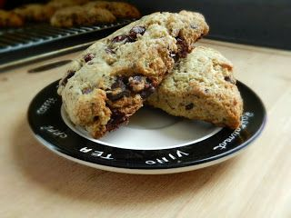 Kale Eats: Chocolate Chili Cranberry Scone