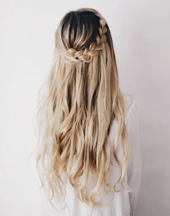 20 Perfect Half Up Half Down Hairstyles For The Bride Hair