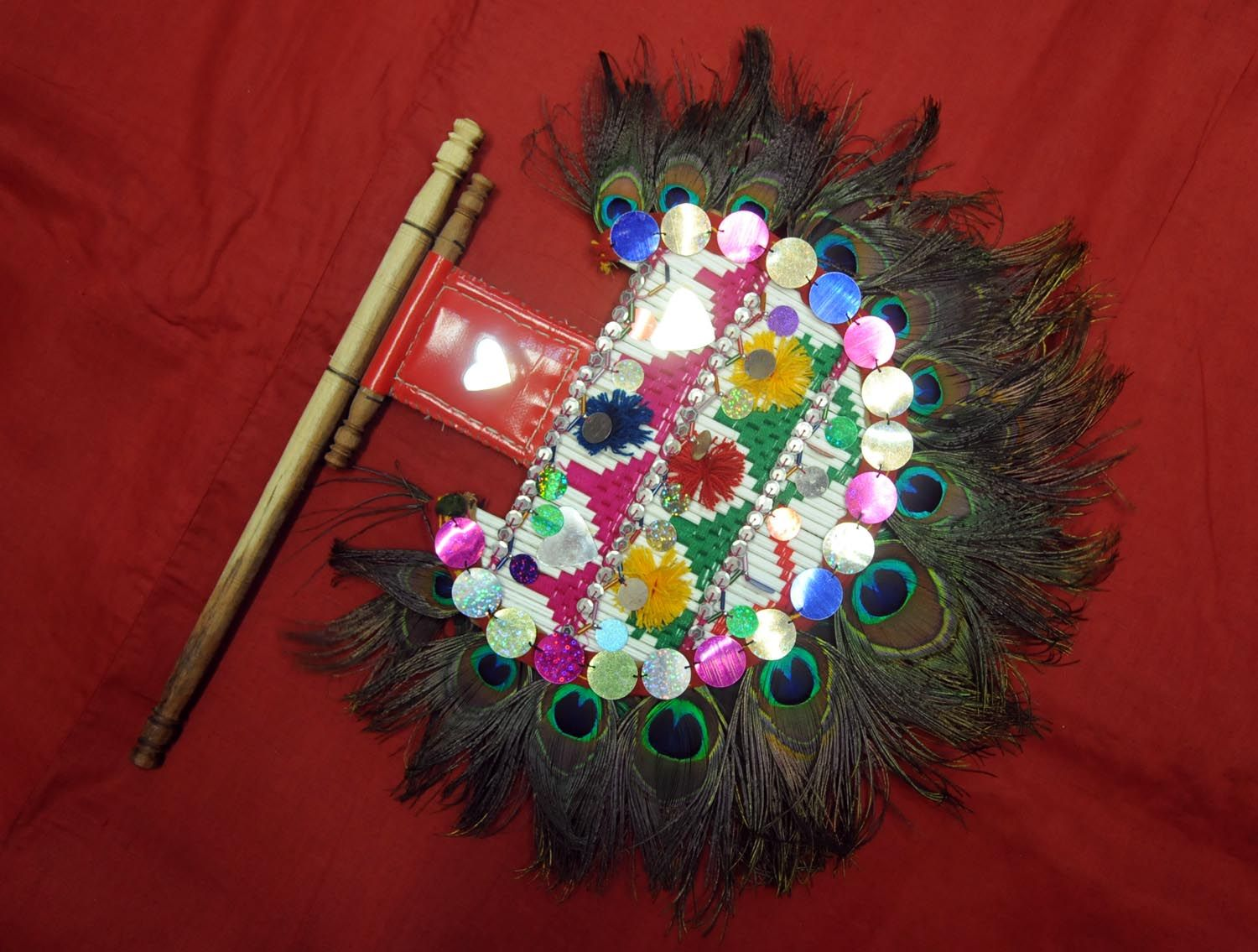 Pin By Mushi Khan On Sindhi Handicrafts Pinterest Hand Fan Fan