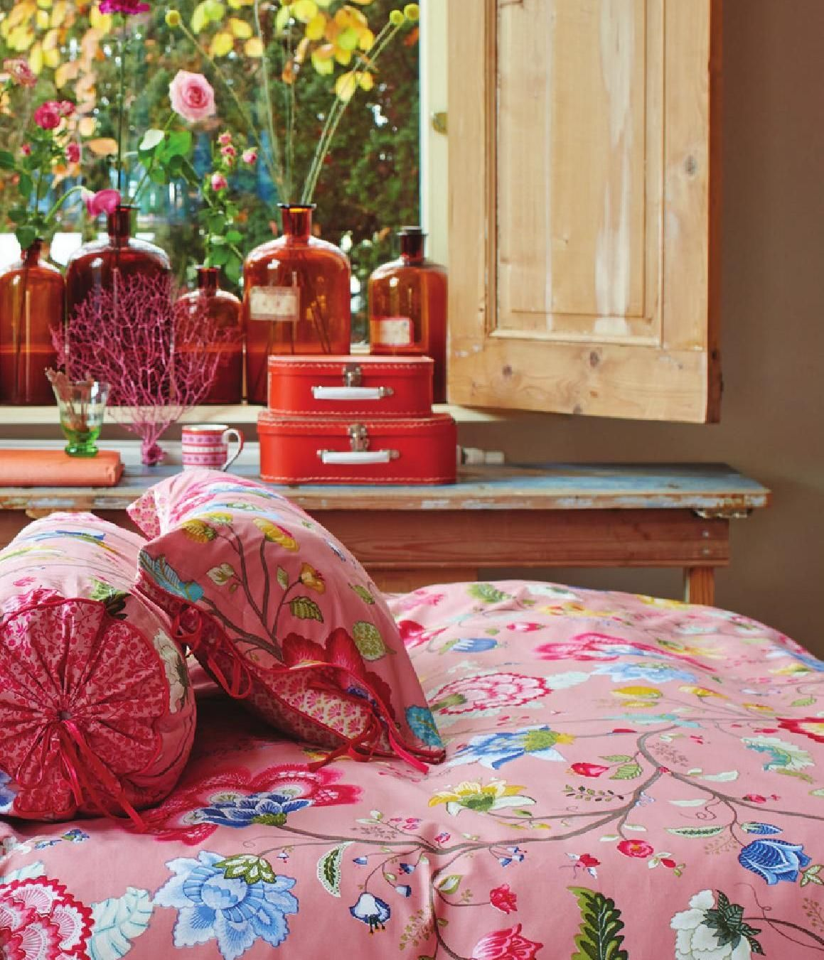 Bedding -- Bettwäsche -- #ClippedOnIssuu from PIP Studio Bed & Bath collection Spring Summer 2015