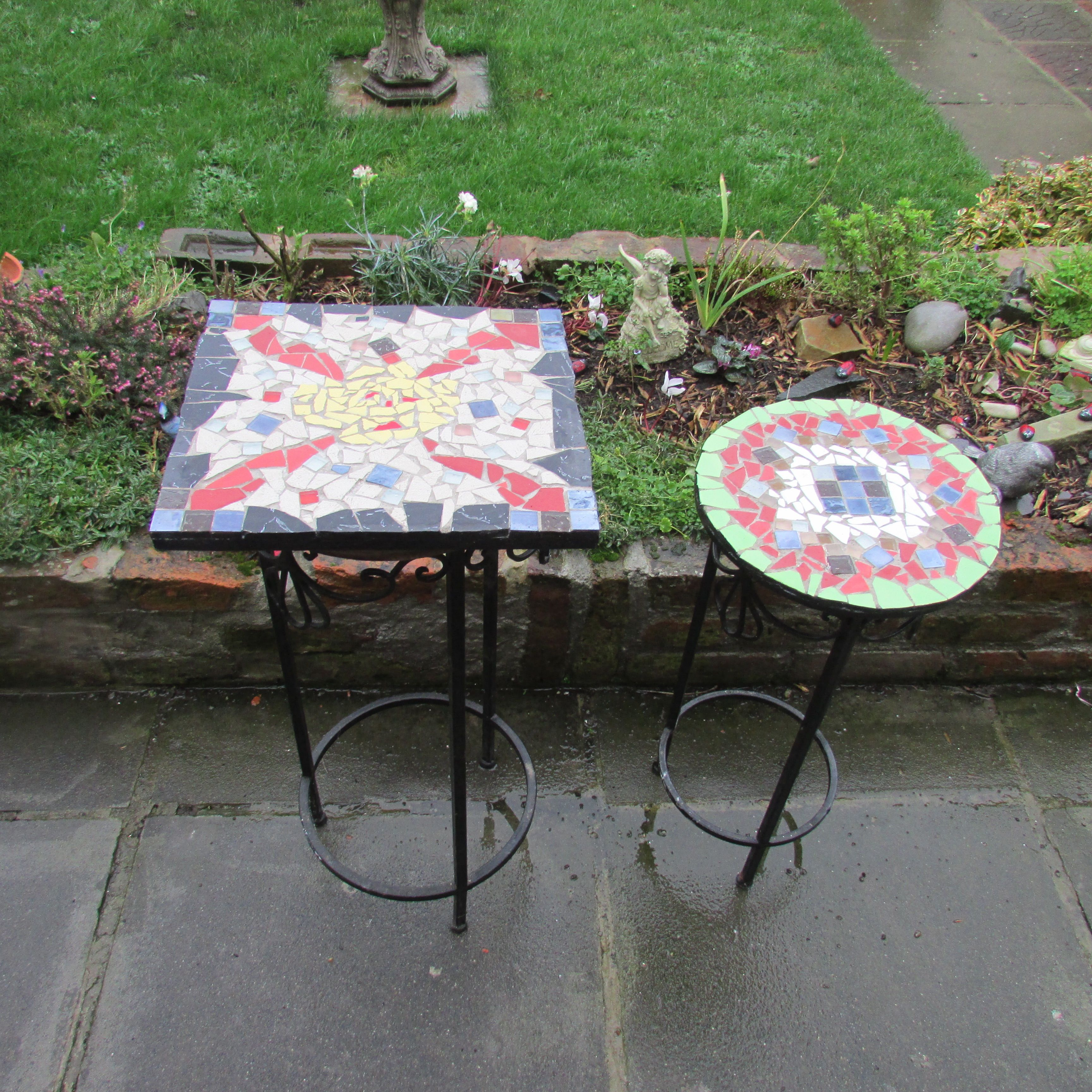 How do you make mosaic designs from ceramic tiles mosaic designs how to design mosaic table top with ceramic tiles dailygadgetfo Image collections