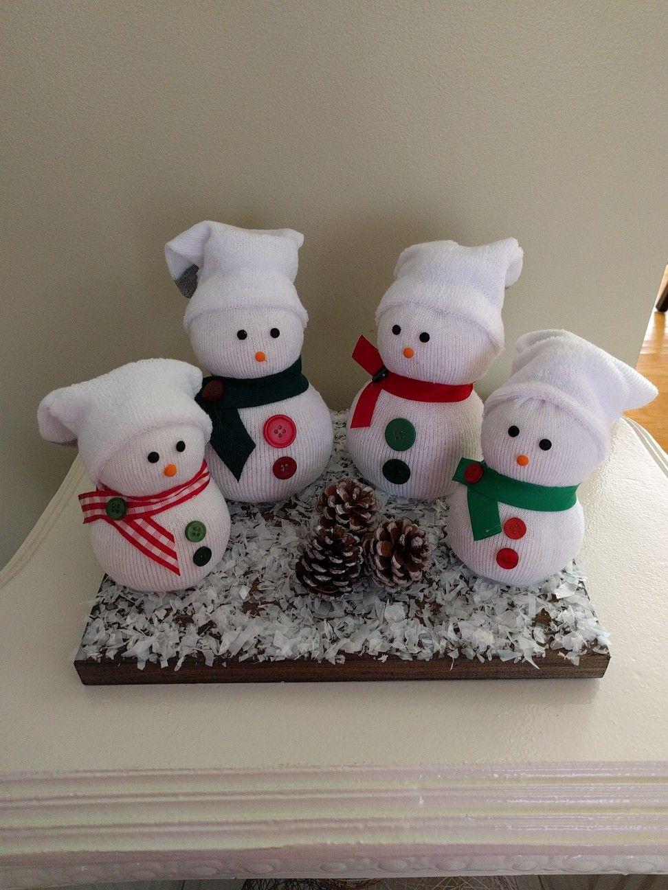 ($40) Snow Sockman Family! ☃️⛄️⛄️☃️ #NeateCrafts #DIY