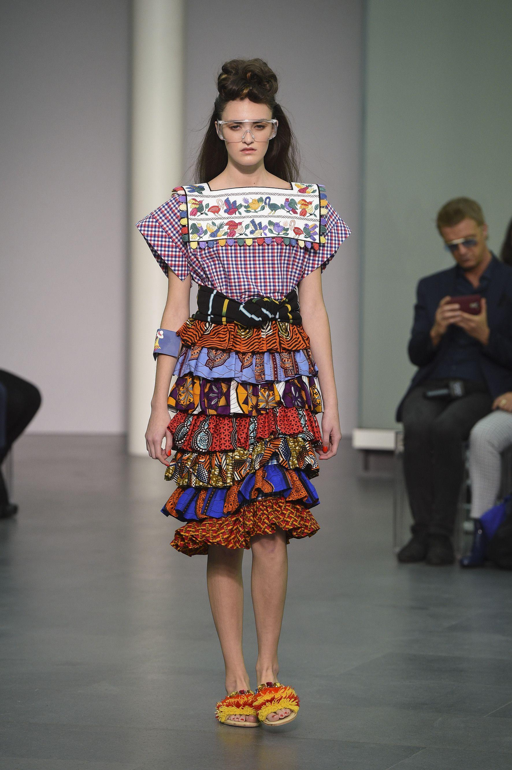 Stella Jean SS 16 Womenswear collection! #StellaJean #SS16 #SpringSummer16 #EthicallyMade #EthicallyEnvisioned #EthicalFashion #MigrantIdentity #MMD #CNMI #MFW #Fashion #FashionWeek #MUDEC #CameraNazionaledellaModa
