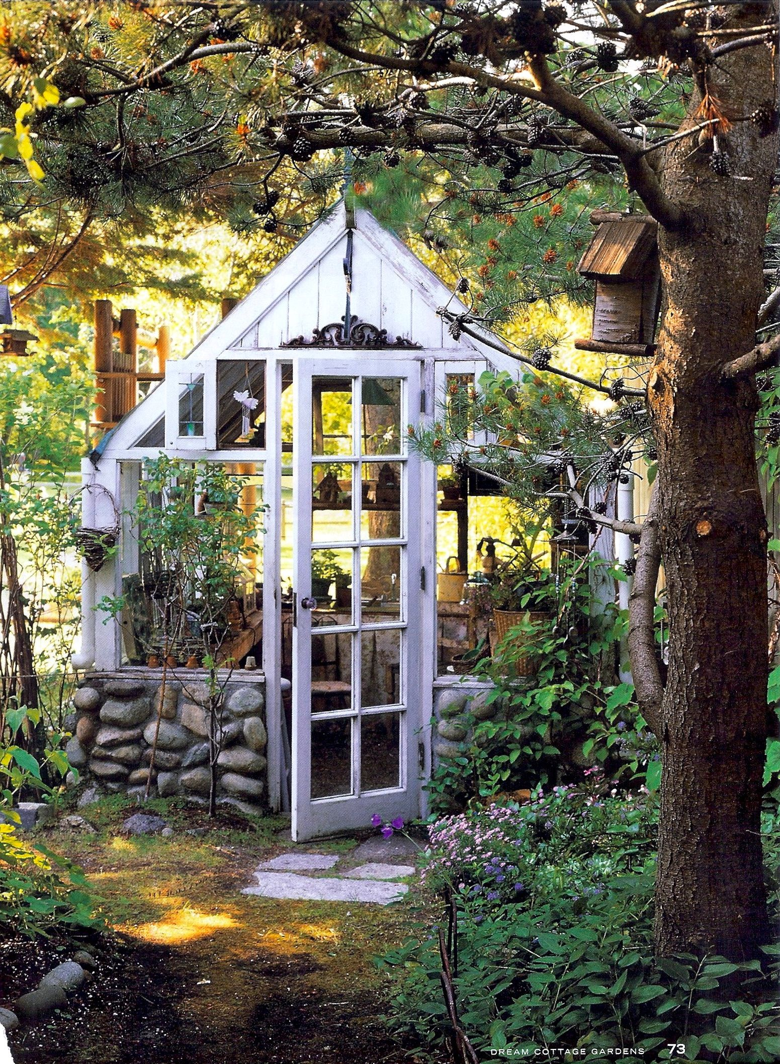 potting sheds and greenhouses greenhouse treasures pinterest garten garten ideen und. Black Bedroom Furniture Sets. Home Design Ideas