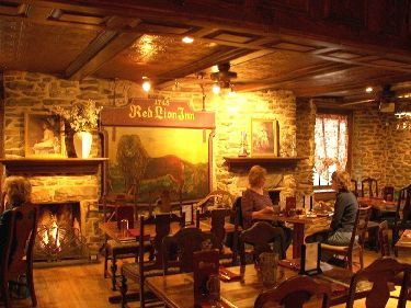 A Warm Dining Room With An Historic Spirit Red Lion Inn Warm Dining Room Quakertown