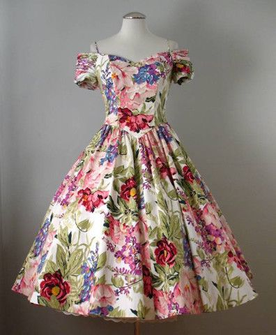 Vintage style full skirt dresses