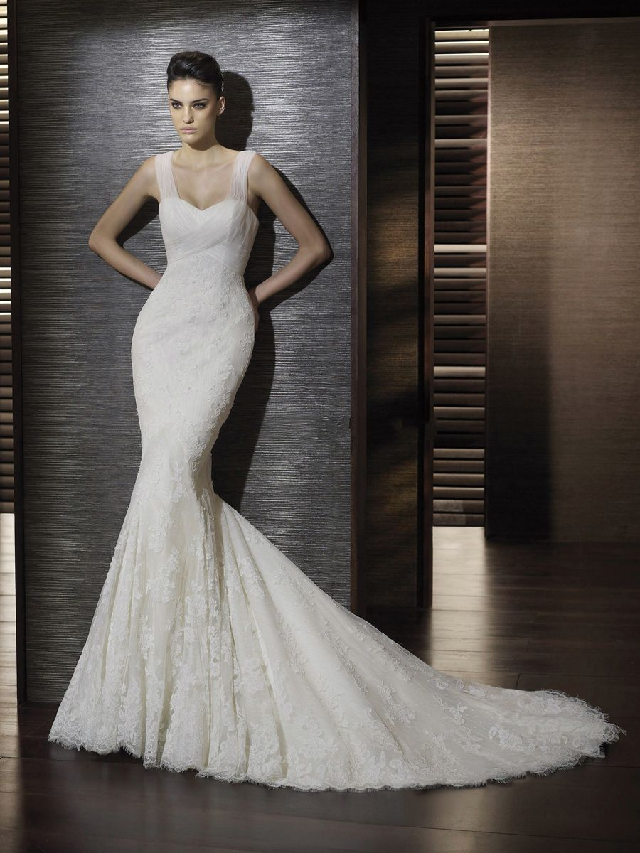 Beautiful Trumpet Style Wedding Gown with Thick Tulle Straps and Sweetheart Neckline in Court Train