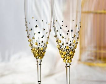 Subscribe to our Facebook and we will send you a coupon for 5%  https://www.facebook.com/DiAmoreDS/ Blush pink & gold wedding champagne glasses and beer glass for bride and groom. If you have decided to stand out from the crowd and create your own original wedding style, then new DiAmoreDS champagne flute and beer glass collection is just what you are looking for.  Exclusive products from DiAmoreDS are perfect for your special day, or as a unique gift for an anniversar...