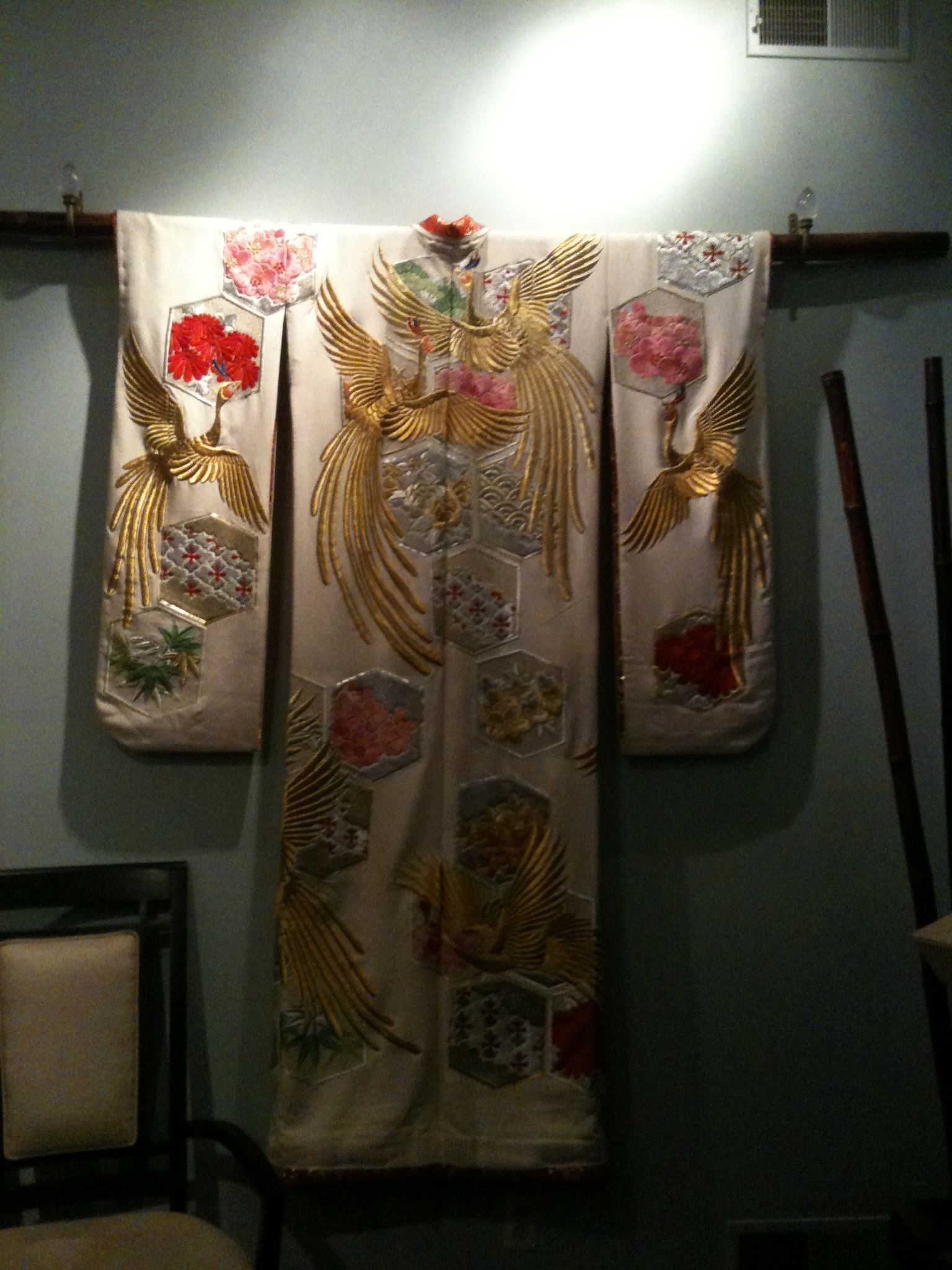 elegant kimono decorating as a wall mount turning on wall mount id=72705
