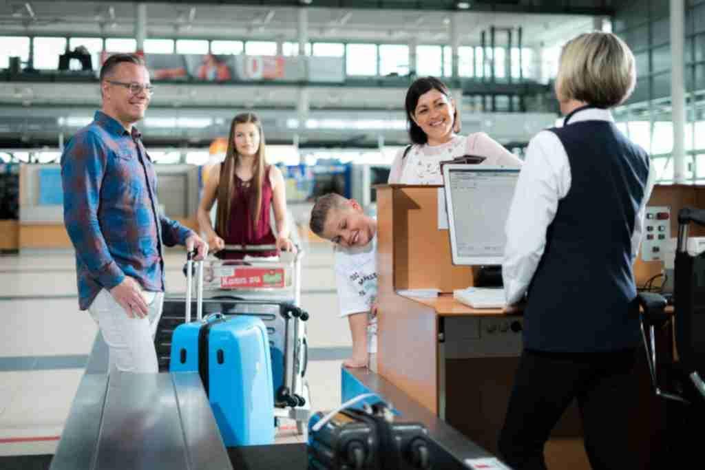 Pin von Reisebüro Last Minute auf LastMinute, Flüge