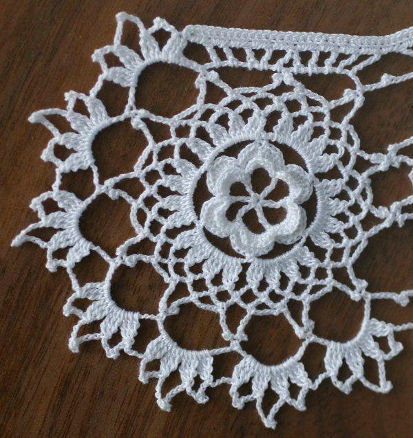 Free Irish Crochet Lace Collar Pattern Irish Lace Pinterest