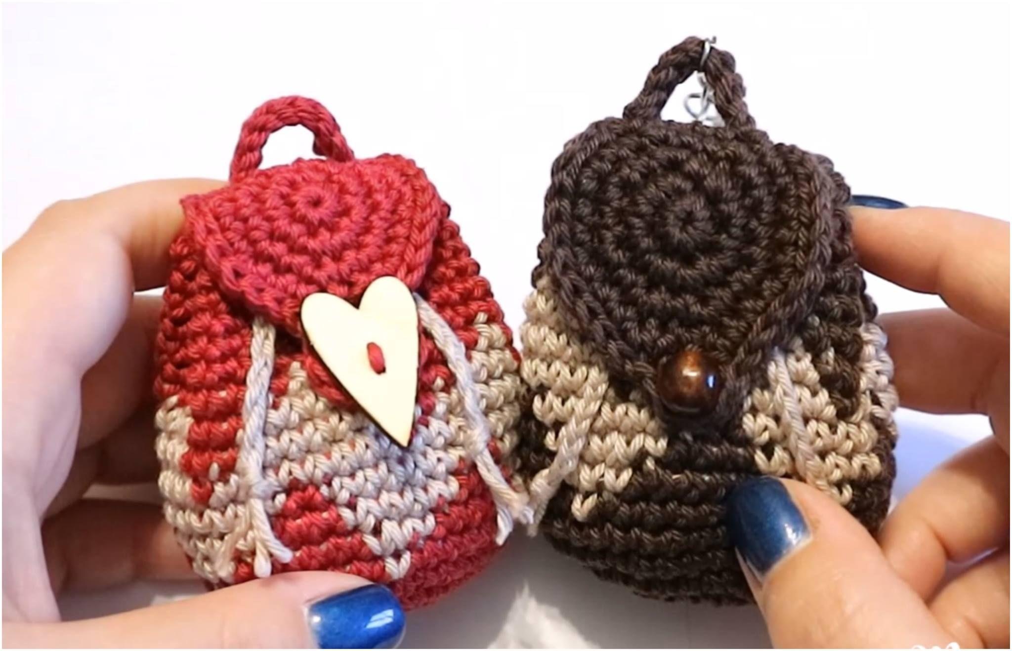 Crochet Tapestry Mini Backpack Purse | Blumen aus Knöpfen, Häkeln ...