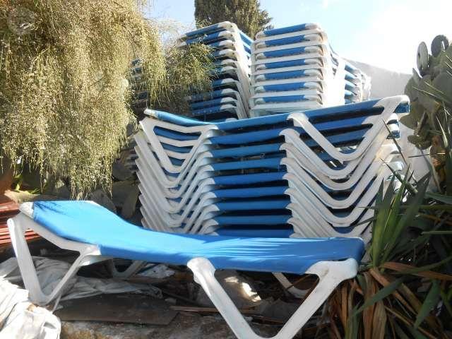 Compramos grandes cantidades de tumbonas de playa y for Sillas para piscina