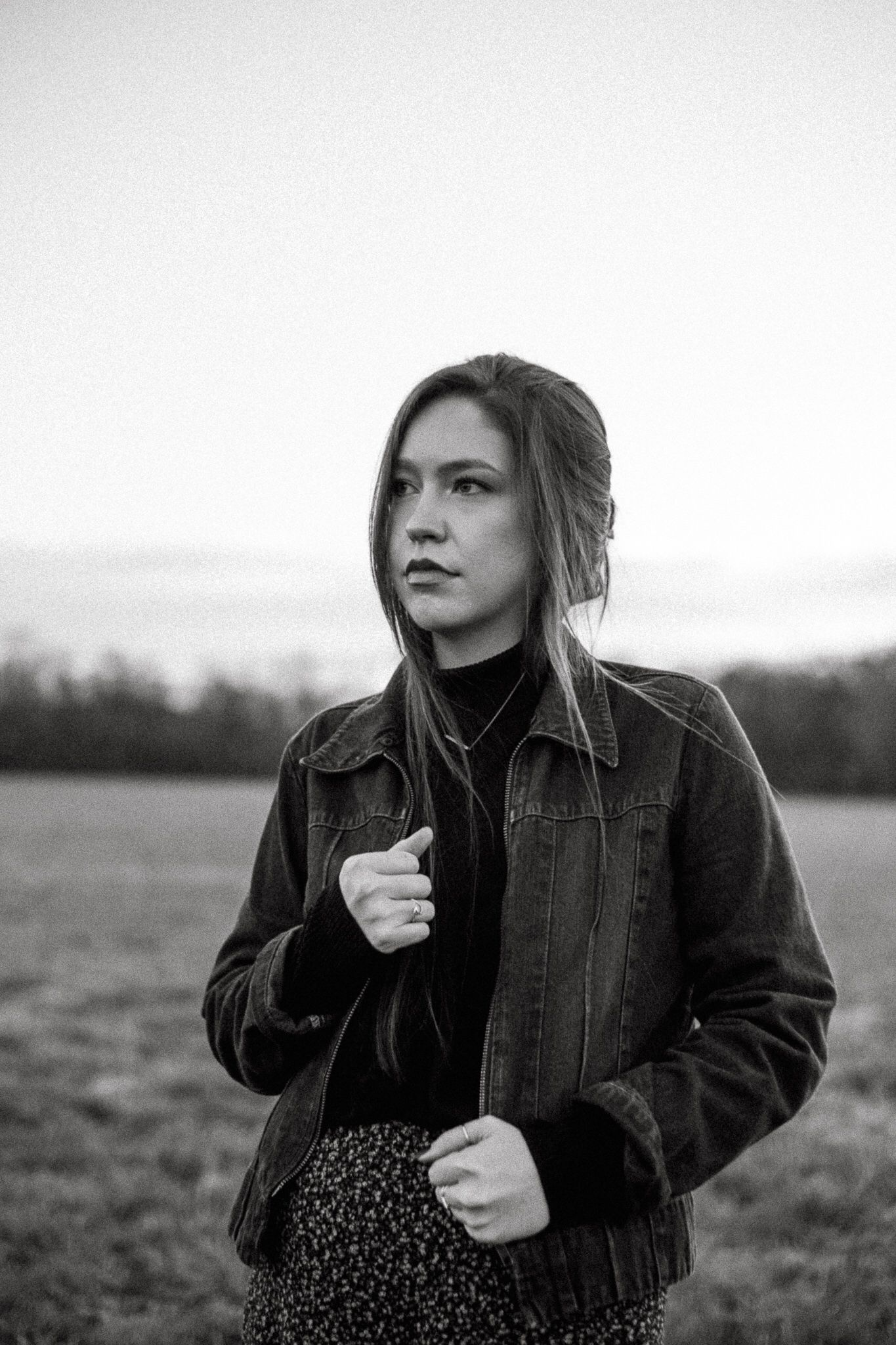 Black and white outdoor portrait by Rylee Paxton 2019