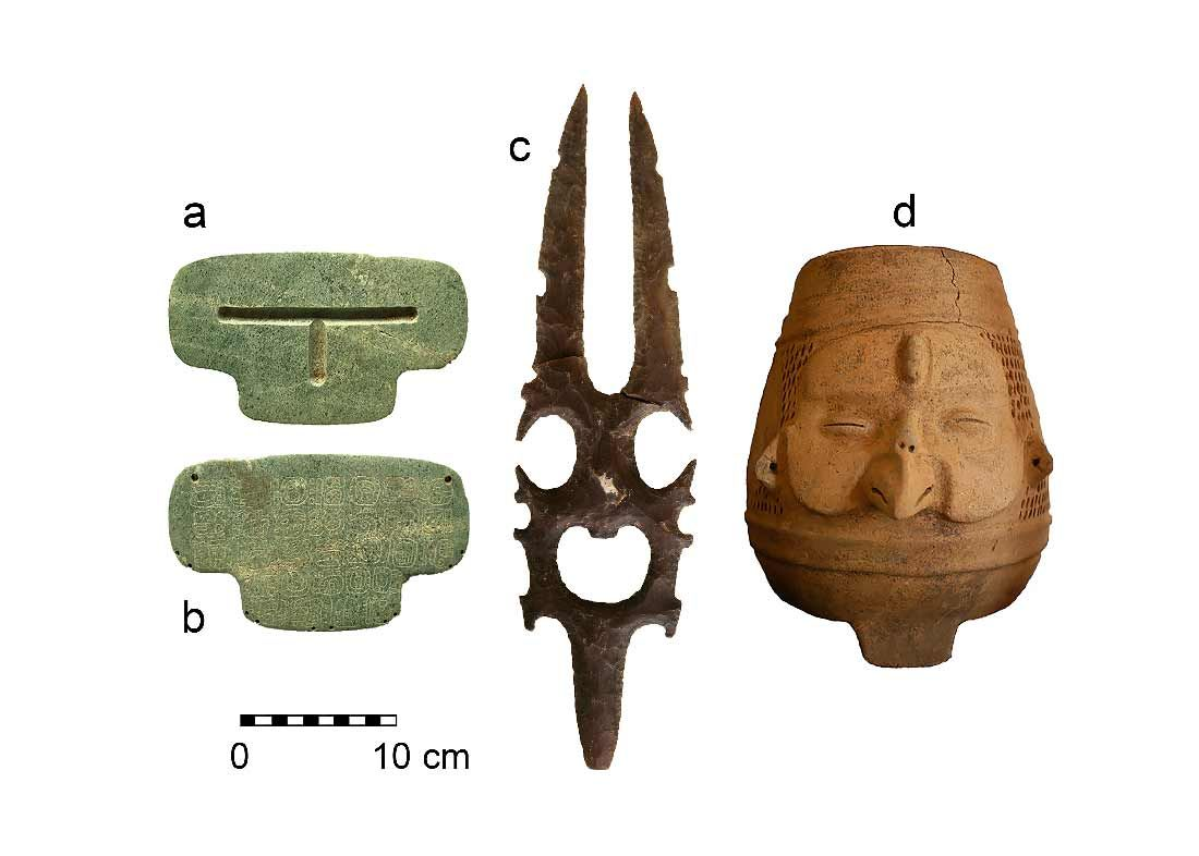 https://archaeologynewsnetwork.blogspot.nl/2017/02/a-pendant-fit-for-mayan-king.html