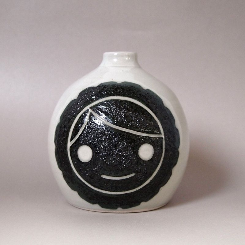 Ceramic Eskimo Bud Vase-Black, via Etsy.
