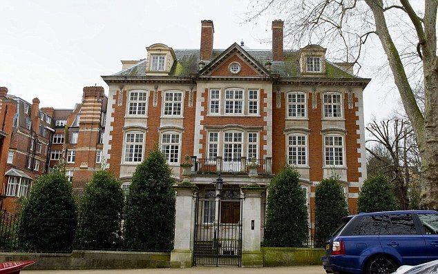 22231122118ad0a24e4267b2eafaf219 - Kensington Palace Gardens London Real Estate