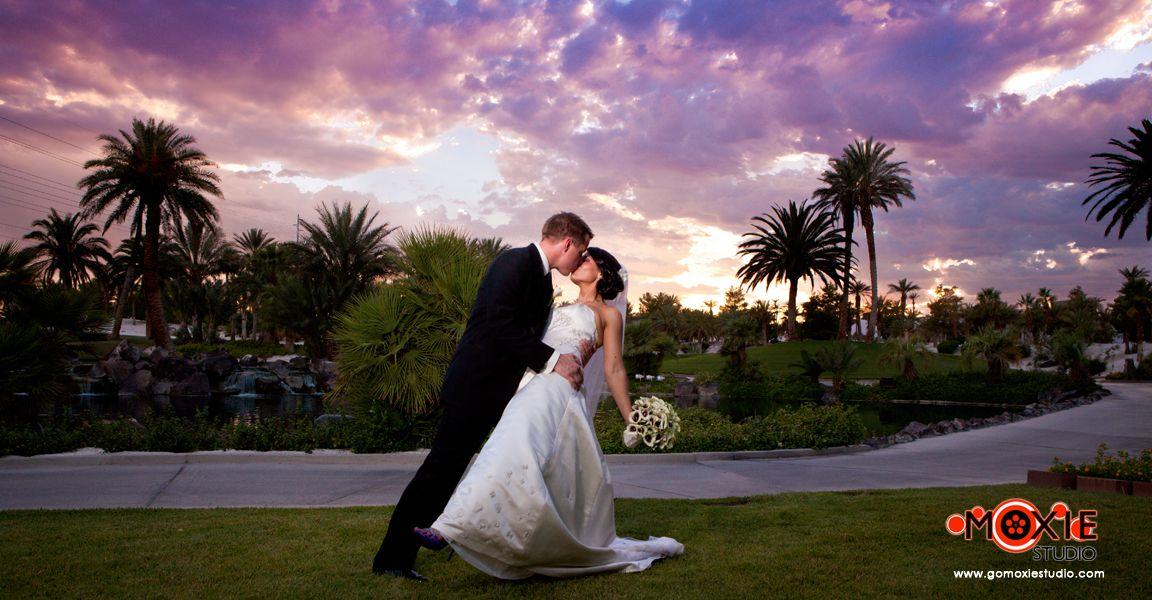 Cili Bali Hai Las Vegas Wedding Sunset Kiss Dip Bride Groom