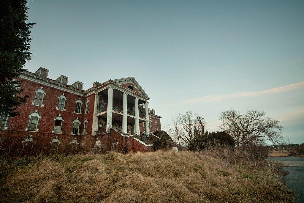 Sanitarium an Abandoned Developmental Center