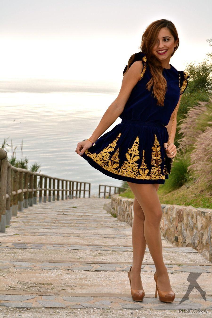 As seen on Legs.BZ website. | Moda, Ubrania, Pończochy