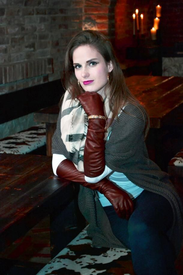 Gloves leather sexy woman