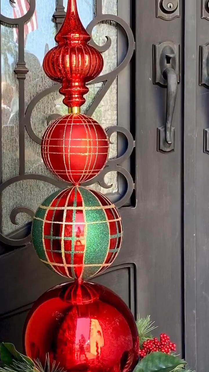 Photo of Christmas Bulb Topiary DIY